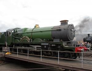 Earl_of_Mount_Edgcumbe train - Class 5043