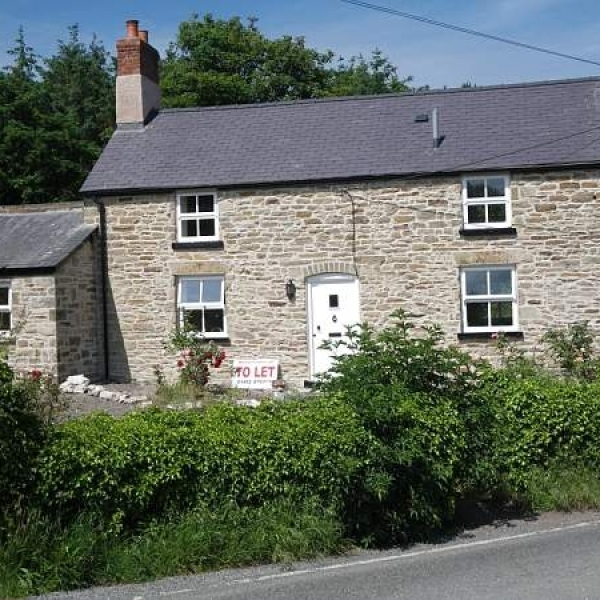 Ivy Lodge, Rhewl-Mostyn. £595pcm (NOW LET)